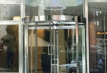 Manual or Automatic Frameless Revolving Door